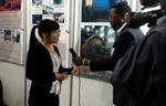 Синьхай был приглашен на горную выставку и брал интервью национальным телевидением Зимбабвы